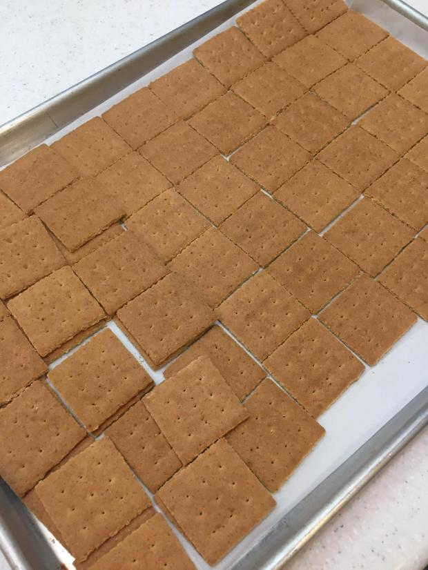 Only Easy Toffee Macnut Graham Crackers Living Hilo Style
